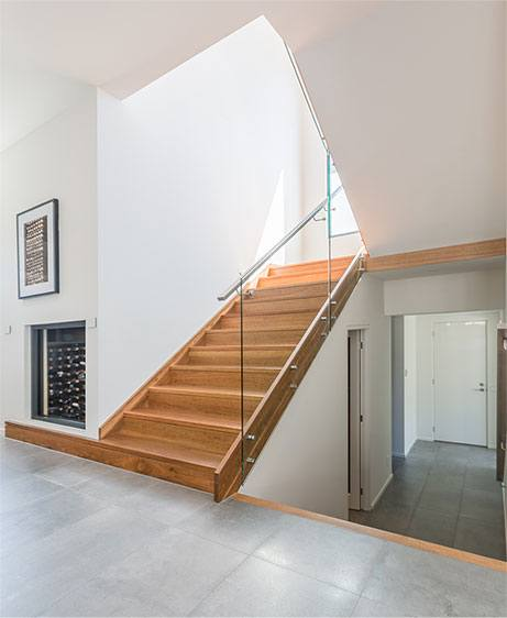 Modern Staircases Renovation and Build Toronto, Brampton, Oakville, Missisauga and the GTA