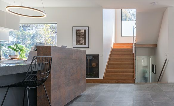 Modern Staircase Renovation in GTA Toronto, Oakville, Ottawa