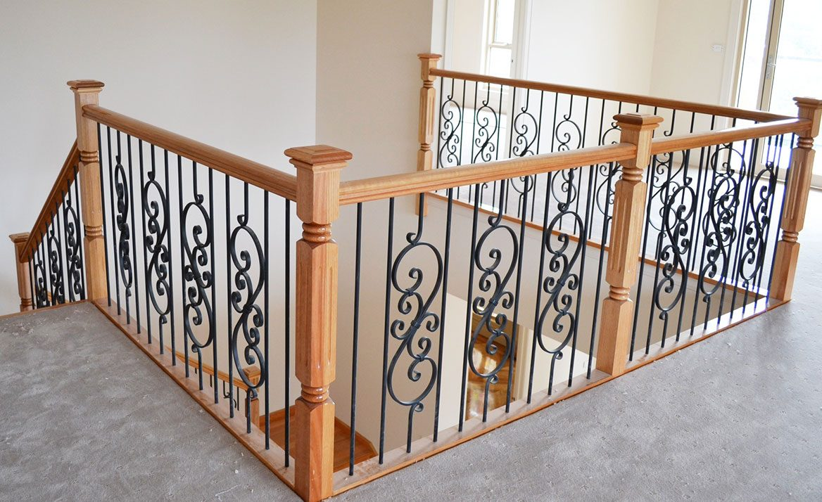 traditional stairs design